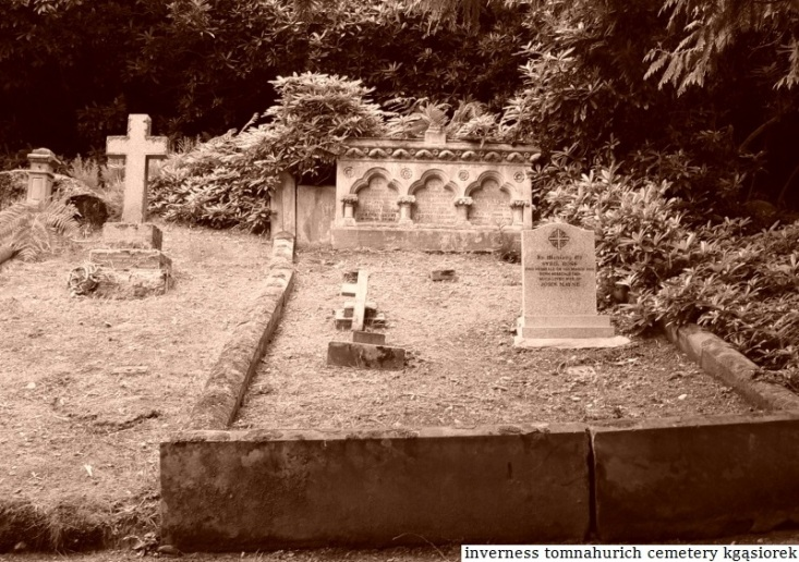 Tomnahurich Cemetery II (26)