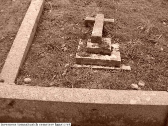 Tomnahurich Cemetery II (28)